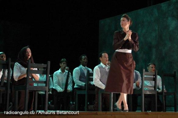 La italiana Lucia Premerl interpretando a Santuzza. Fotos: Amauris Betancourt.